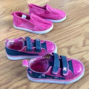 Bundle of 2 shoes for little girl Size 6